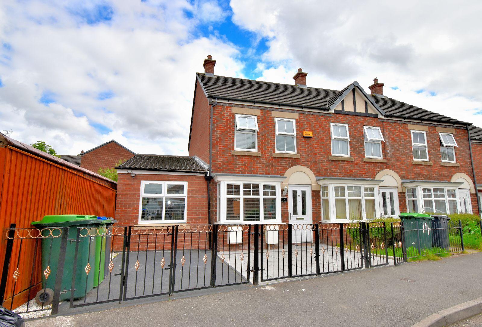 Earl Street, West Bromwich, B70 9HR